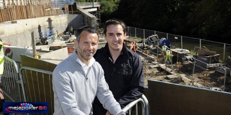 Ryan Giggs dan Gary Neville Berbisnis Di Asia