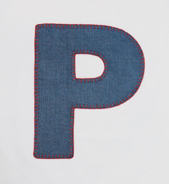 camiseta personalizada con iniciales