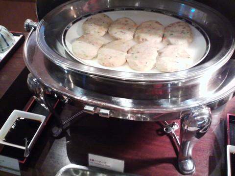ビュッフェコーナー:豆腐ハンバーグ2 ホテルエミシア札幌カフェ・ドム