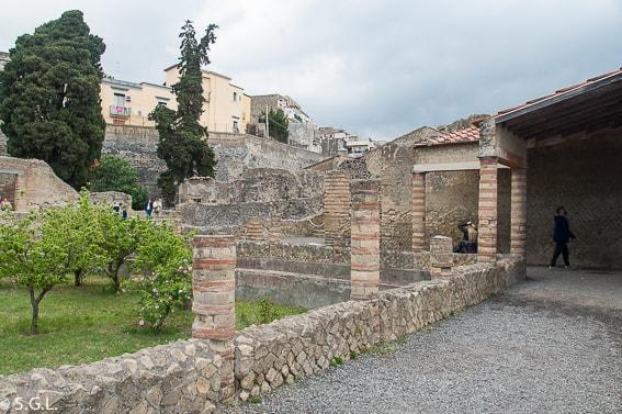 Patio de La casa de la Alcoba en Herculano.