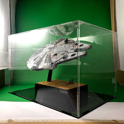 Bandai Millennium Falcon 1/144 Perspex Acrylic Display Case