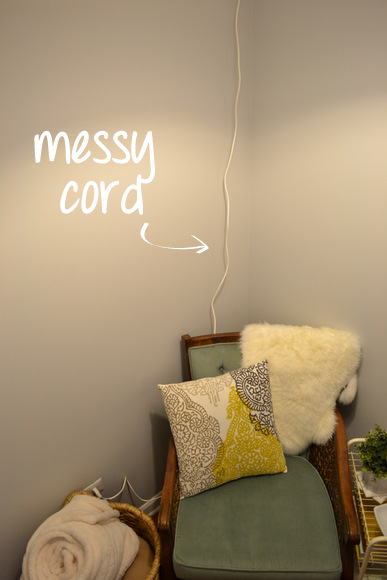Messy lamp cord