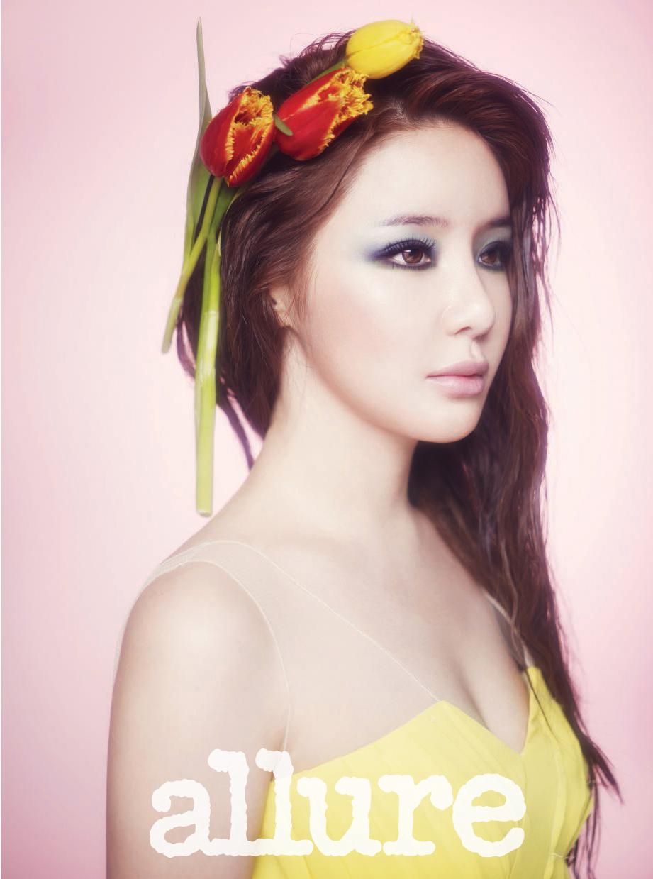 2NE1 Profile