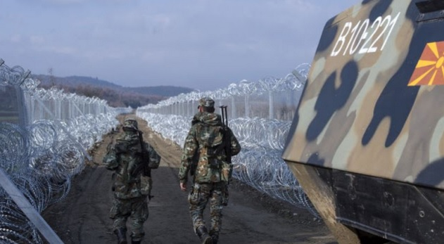 Macedonia Closes the Border, Thousands of migrants Blocked