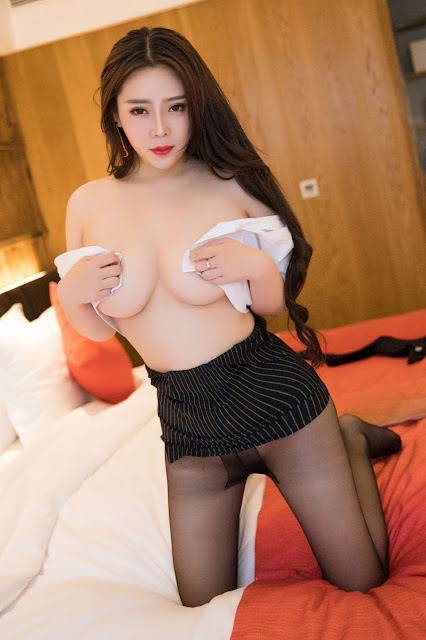 Hot and sexy topless big boobs photos of beautiful busty asian hottie chick Chinese booty model Miki Tu photo highlights on Pinays Finest Sexy Nude Photo Collection site.