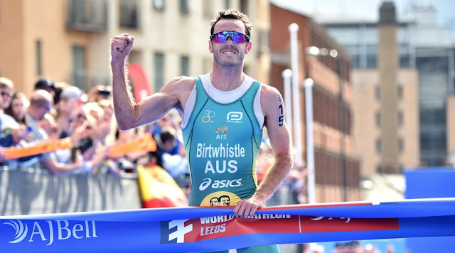 Jacob Birtwhistle y Georgia Taylor-Brown vencen en la World Triathlon Series Leeds 2019