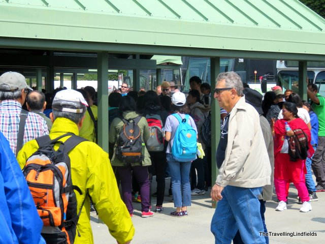 Icefield Centre, Icefields Parkway