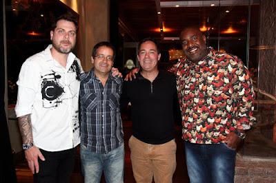 Os apresentadores do 'Encrenca' Dennys Motta, Ricardo Mendonça, Tatola Godas e Angelo Campos - Crédito/Foto: Marcos Ribas/Brazil News