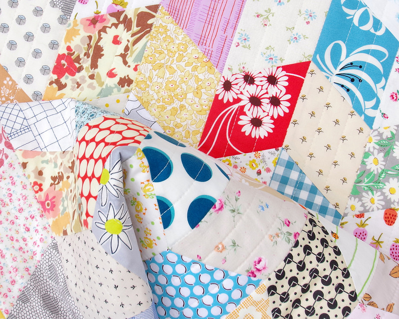One Patch Quilt :: Diamonds | © Red Pepper Quilts 2018 #redpepperquilts #patchworkquilt