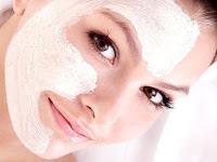 Bereskan Berbagai Masalah Kulit Wajah Dengan Masker Beras