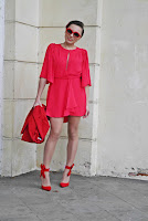 http://www.karyn.pl/2017/10/dwa-sposoby-na-red-total-look.html