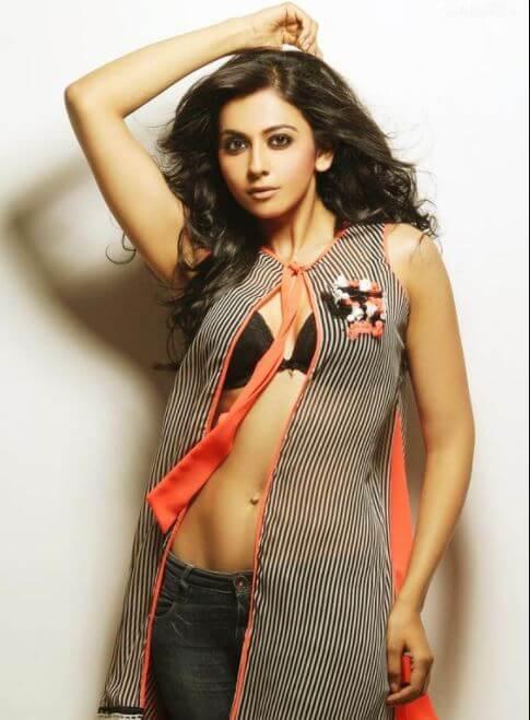 Hot Pics Rakul Preet Singh