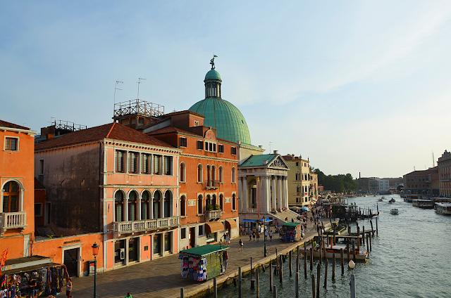 Sestupte do utajeného strašidelného benátského podzemí, kostel San Semeone Piccolo, katakomby, Benátky, kam v Benátkách, Benátské záhady, co vidět v Benátkách