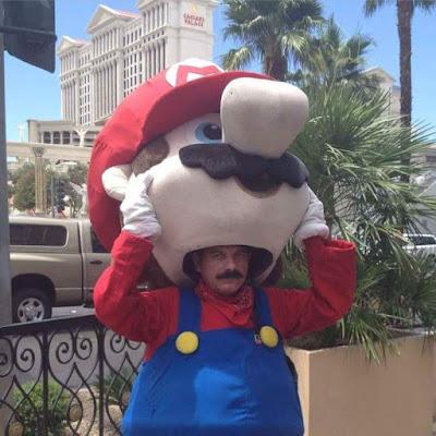 Lustiges Bild von Super Mario Kostüm