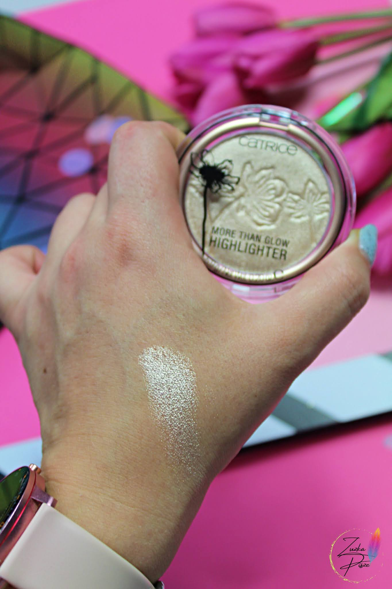 CATRICE - More Than Glow Highlighter - rozświetlacz do twarzy