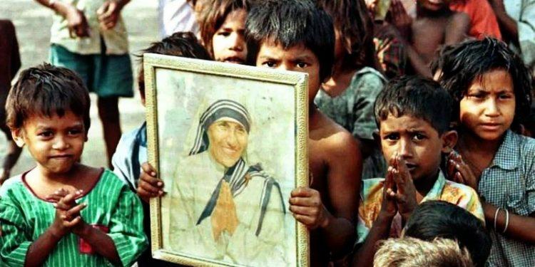 Mother Teresa, Ibu Bagi Mereka yang Terlupakan