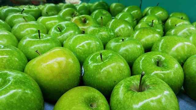 Manfaat dan Khasiat Buah Apel Hijau Untuk Kesehatan