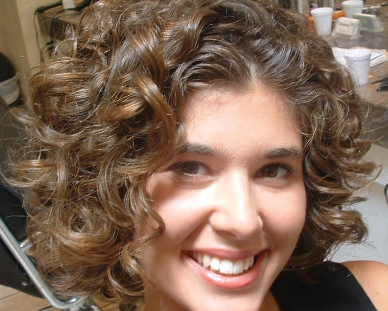 Curly Short Hairstyles For Ladies