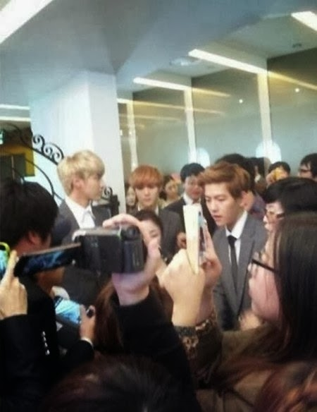Sasaeng fans ruin EXO Baekhyun's brother's wedding :: Daily