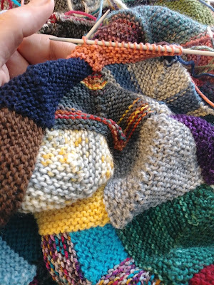 knitting a mitered square blanket with left over sock yarn
