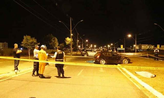 Após confusão em festa, rapaz pega carro e mata dois no Jardins Mangueiral