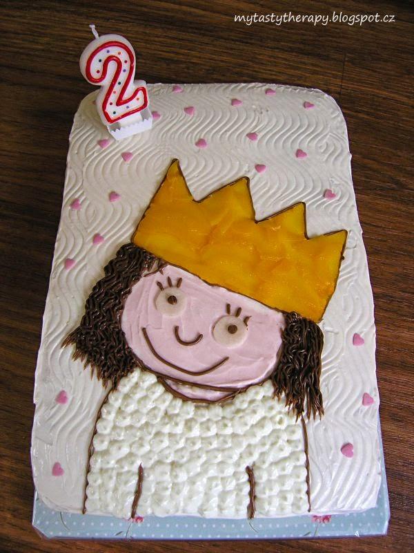 obdélníkový dort s jogurtovým krémem a obrázkem postavičky ze seriálu pro děti Malá princezna