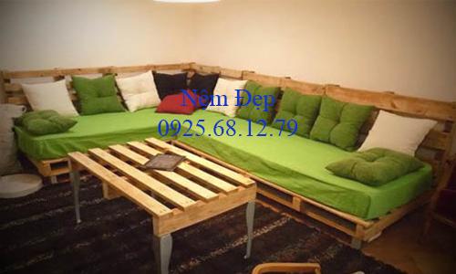 may nệm lót ghế gỗ