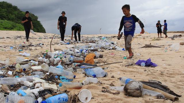 Pemkab Wakatobi Libatkan Masyarakat Hukum Adat Tangani Sampah
