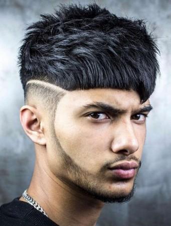 gaya rambut undercut berponi tampak belakang