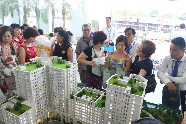 Một số hình ảnh trong buổi mở bán đợt 1 căn hộ Eco City Việt Hưng