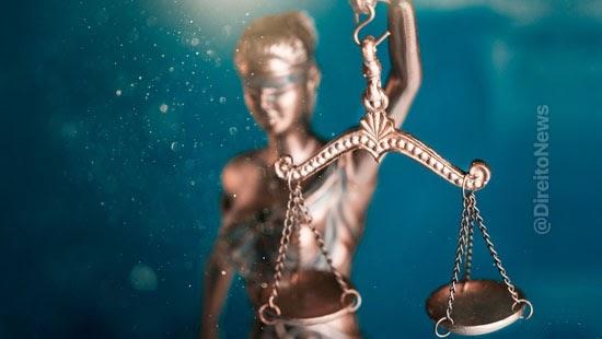 embargos juiza extingue acao executados honorarios
