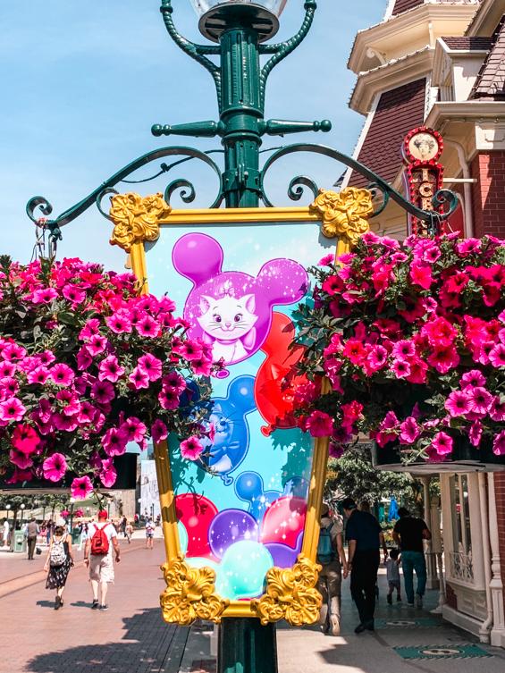 Disneyland Paris Dekoration Sommer