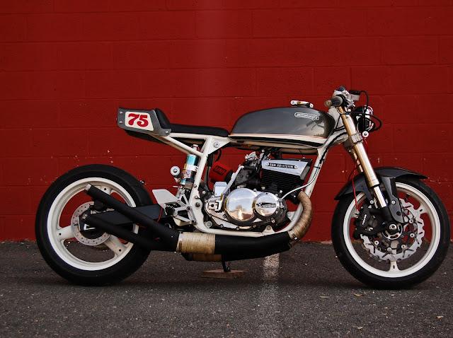 "HONDUKI"" Suzuki GT550 Custom Motorcycle Side view"