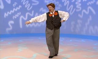Mr. Noodle dances. Elmo says it's cool but not hopping. Sesame Street Elmo's World Feet.