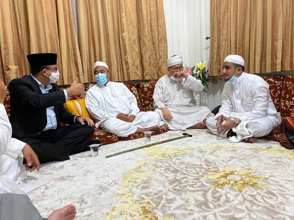 Deretan Tamu Sowan ke Habib Rizieq ke Petamburan
