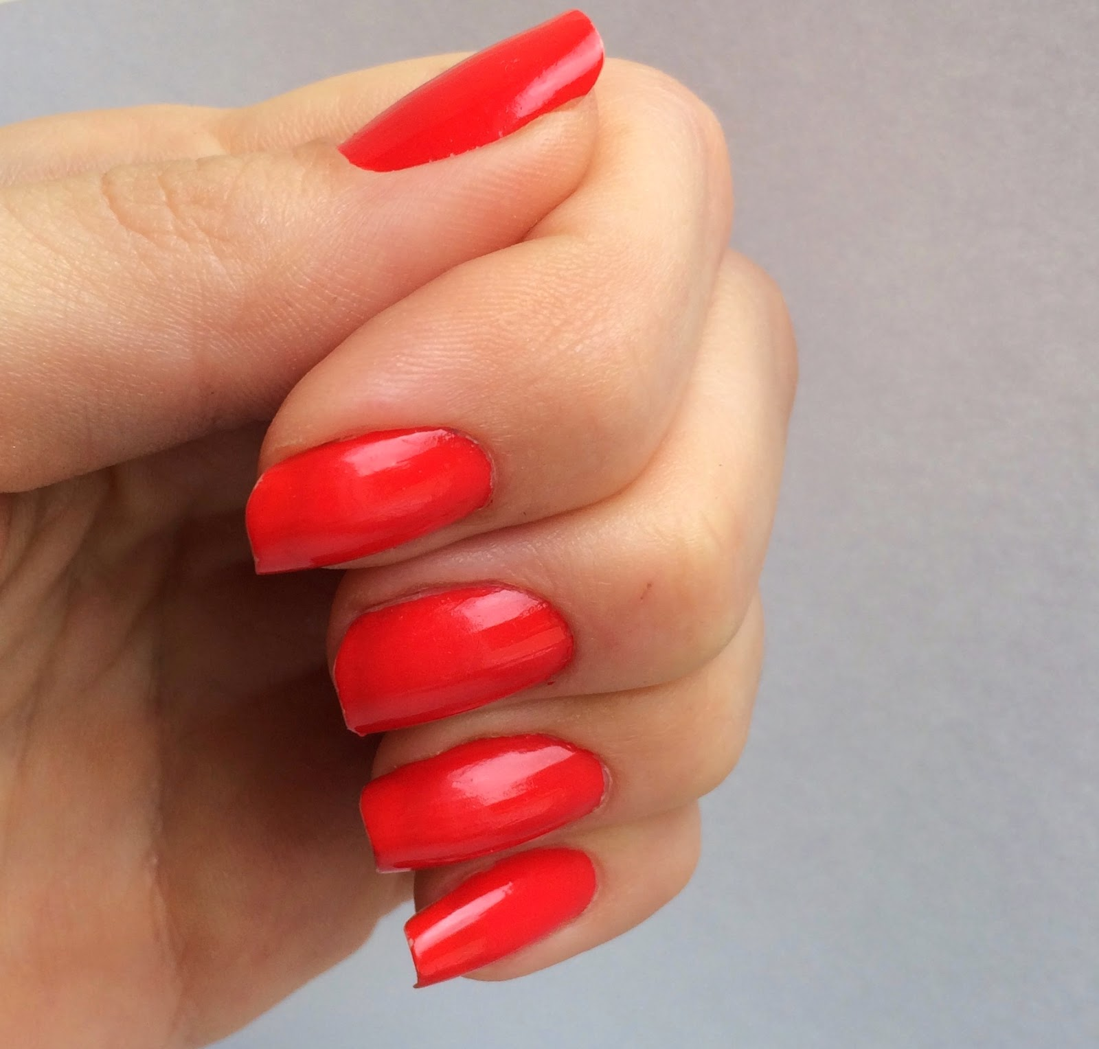 coral-nails-giveaway-photo-jenn-ic