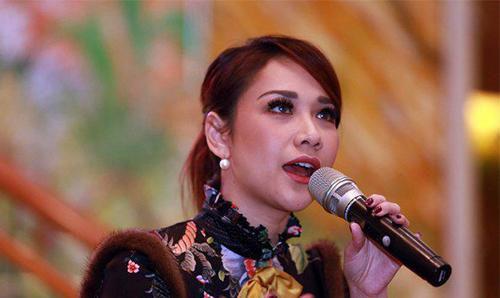 Lirik Lagu Bunga Citra Lestari feat. Dipha Barus - Aku Wanita | Kumpulan Lirik Lagu