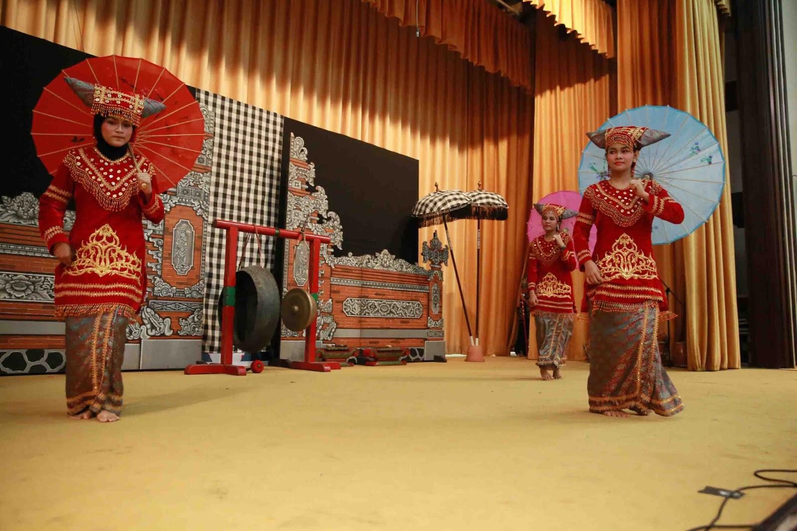 Tari Payung, Tarian Tradisional Dari Sumatra Barat