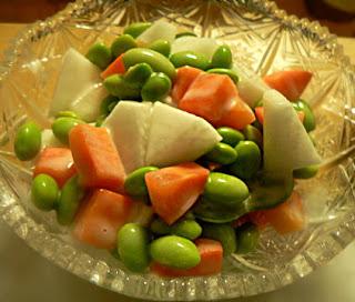 枝豆と根菜のサラダ