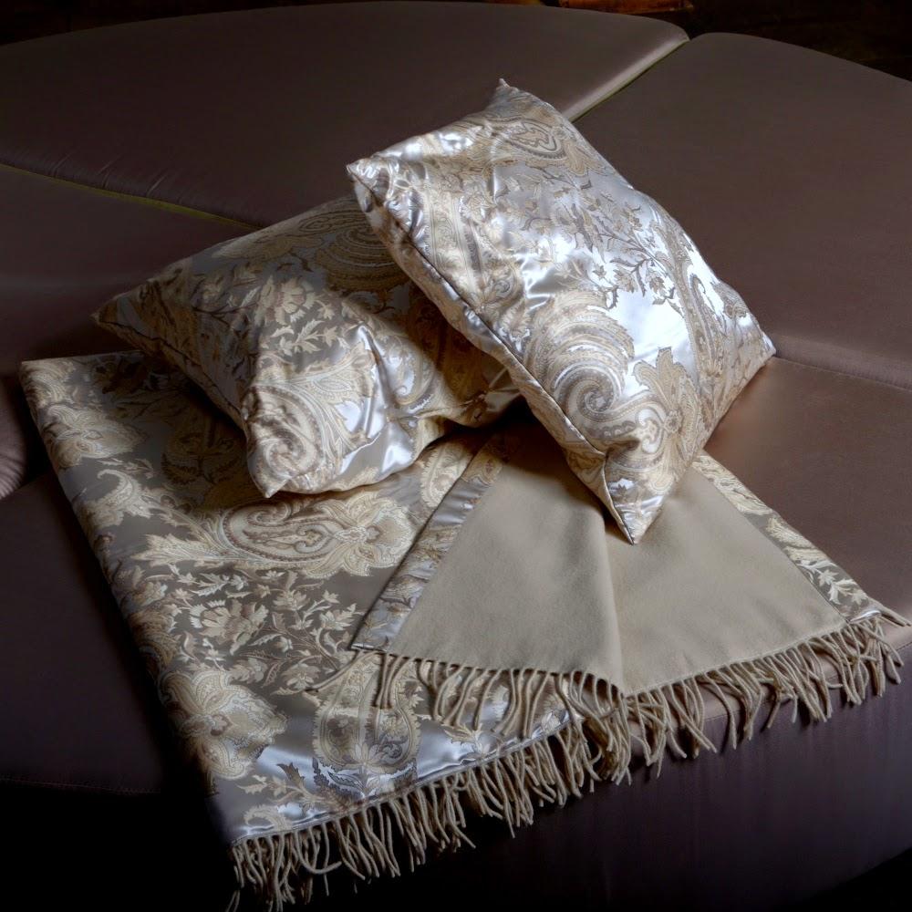 seidenland blog kaschmir seide plaid sabina von der. Black Bedroom Furniture Sets. Home Design Ideas