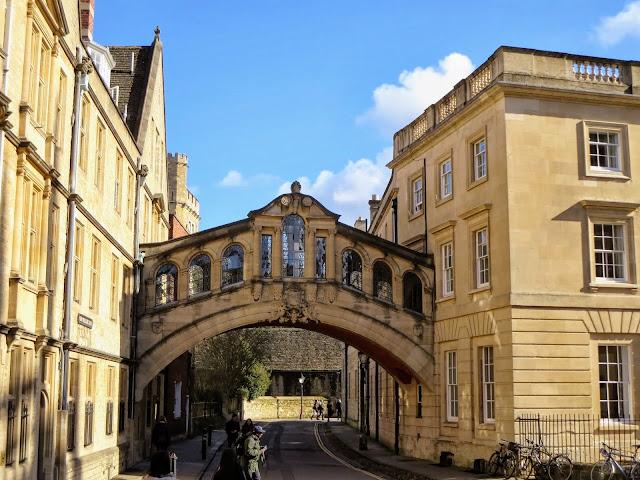 Oxford England: Bridge of Sighs