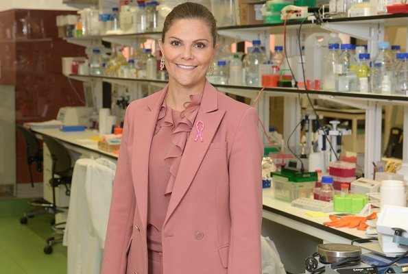 Crown Princess Victoria wore Rodebjer Nera pink blazer and Rodebjer Xilla silk blouse at Karolinska University Hospital