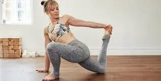 تمارين عضلات المؤخرة والعضلة الخلفية للنساء