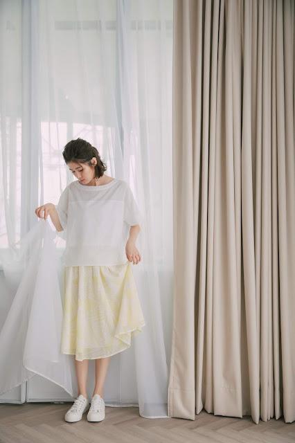 晴空捲雲飄飄雪紡裙-澄黃