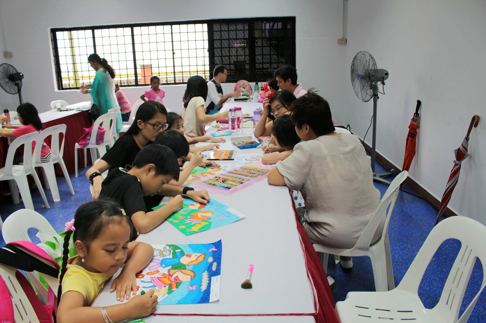 Coloring Competition di Singapura (3/6)