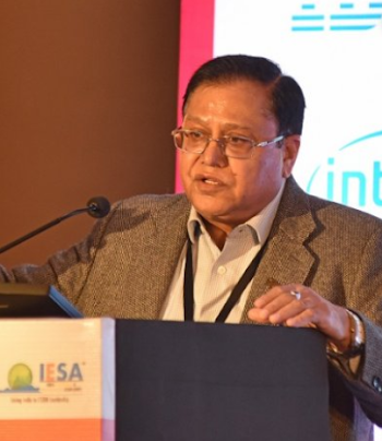 Does VK Saraswat of Niti Aayog  got any facts on his internet ban statement ?