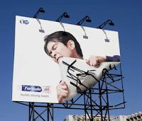 Pengertian Billboard, Ciri, Fungsi, Kelebihan, dan Kekurangannya