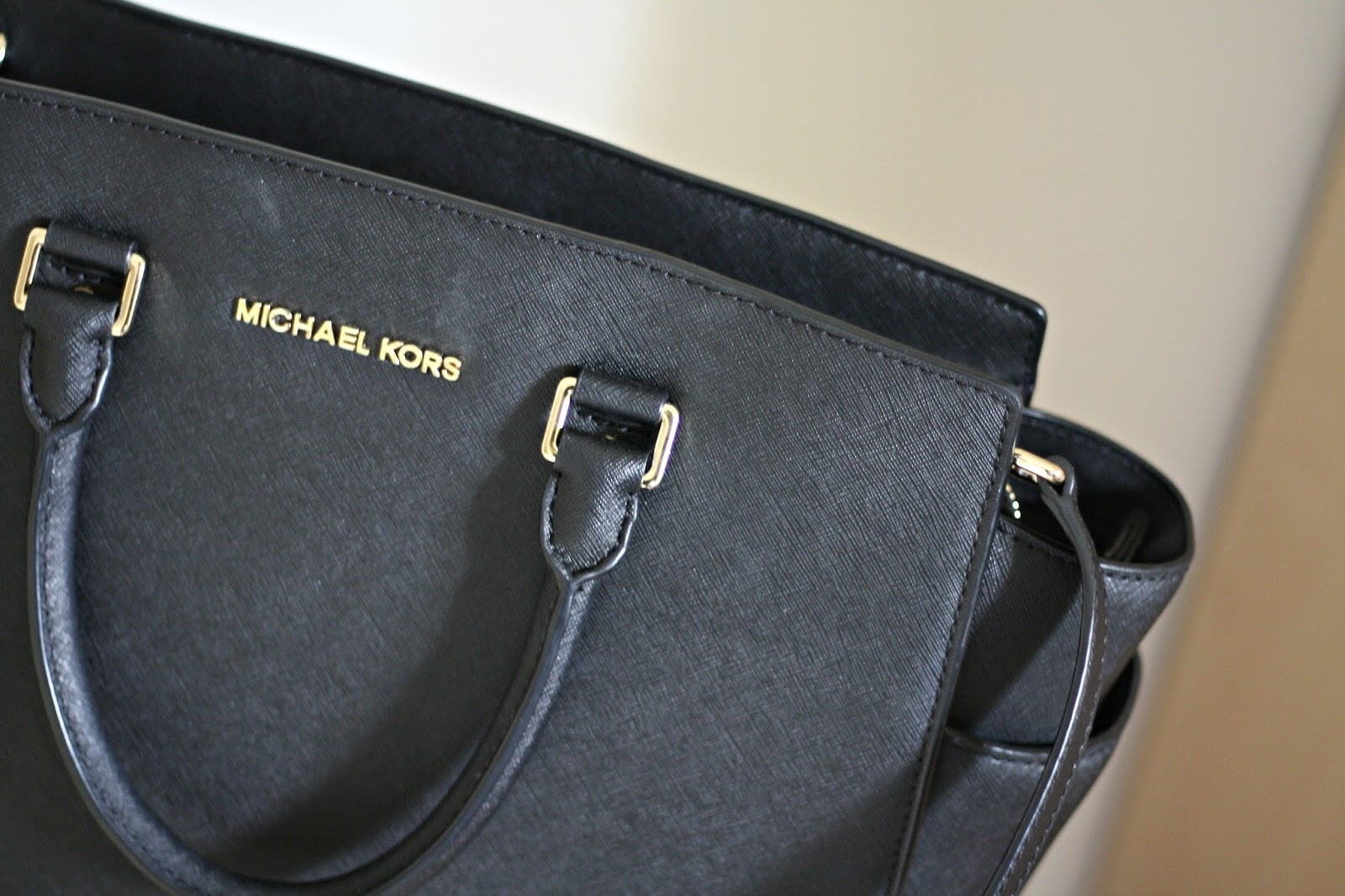 Michael Kors Black Selma Tote Handbag Blog