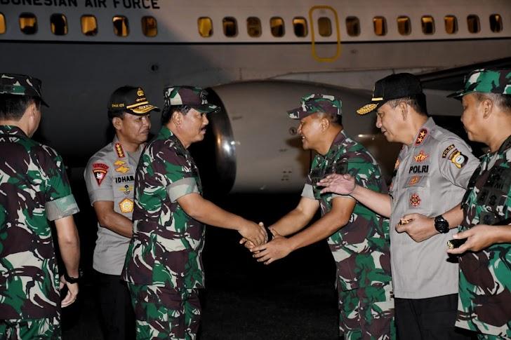 Transit di Makassar, Panglima TNI dan Kapolri disambut Kasdam Hasanuddin di Galaktika