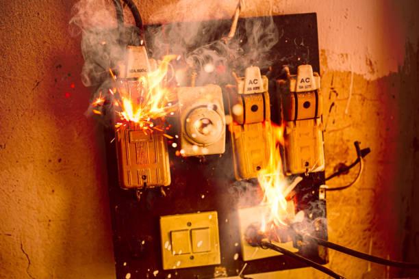 gunakan MCB Domae dari Schneider Electric untuk menghindaru korsleting listrik